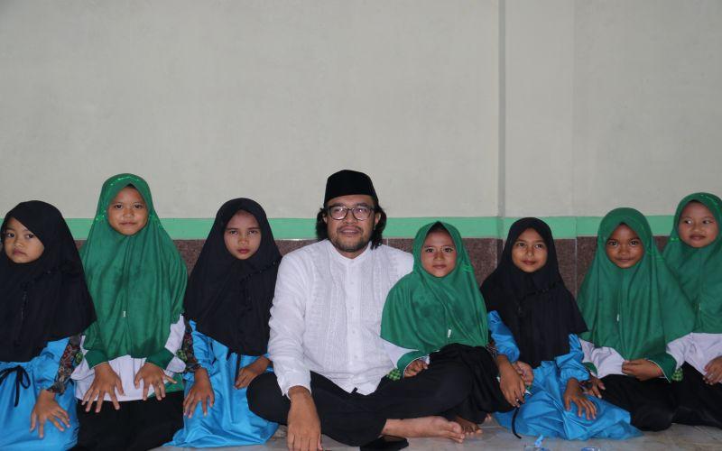 Santunan Ke Anak - anak Santri di Pondok Pesantren