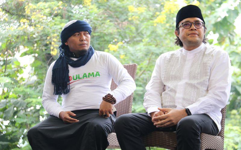 Bersilatuhmi ke Ustadz Ujang Bustomi