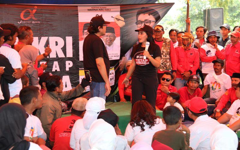 Deklarasi Tim Alfa Jokowi di Kroya - Indramayu Bersama Rieke Diah Pitaloka
