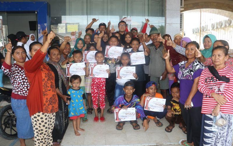 Penyerahan Bantuan Program Indonesia Pintar ke Siswa SD, SMP & SMA