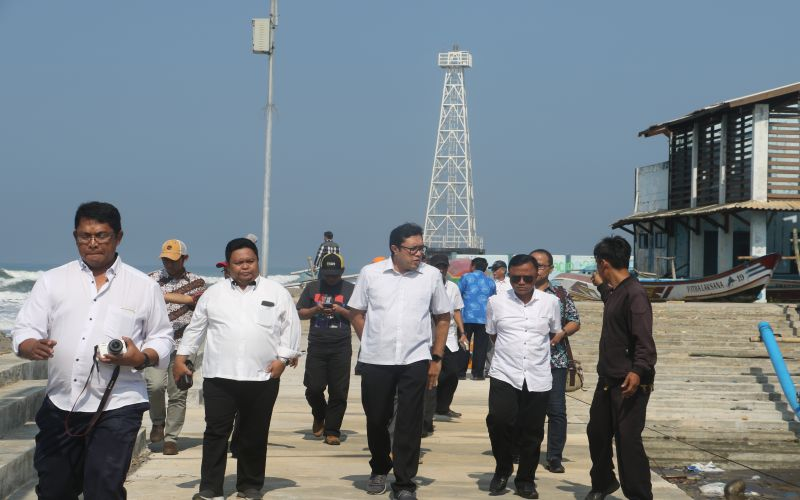 Berkunjung ke Nelayan Selatan Jawa Barat